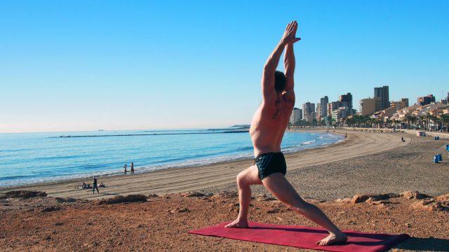 Le Yoga Aérien ou Fly yoga, une discipline qui permet de s'envoler !